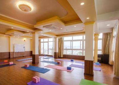 Yoga Hall for yoga class_opt-min