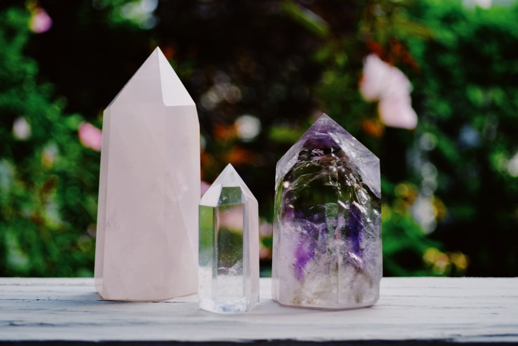 crystal healing therapy class