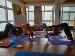 yoga reterats in Nepal